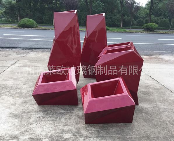 红色玻璃钢花盆组合