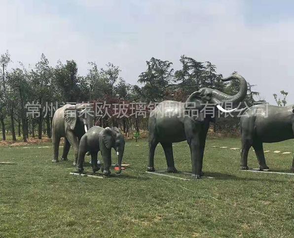 定制玻璃钢大象雕塑