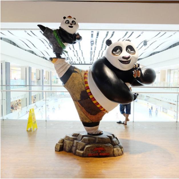 熊猫卡通雕塑